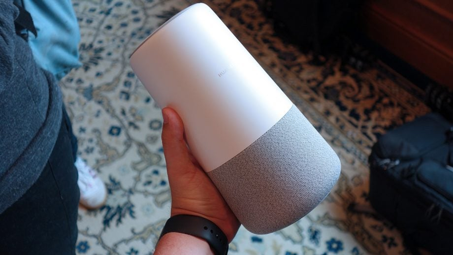 Artificial Intelligence Home Gadgets - Huawei AI Cube